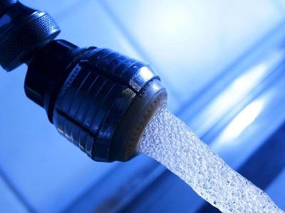 Linoleum einmal wöchentlich nass wischen