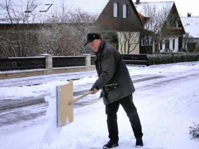 Hauseigentümer haften bei mangelhafter Schneeräumung