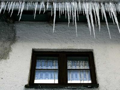 Hausbesitzer müssen Eiszapfen beseitigen