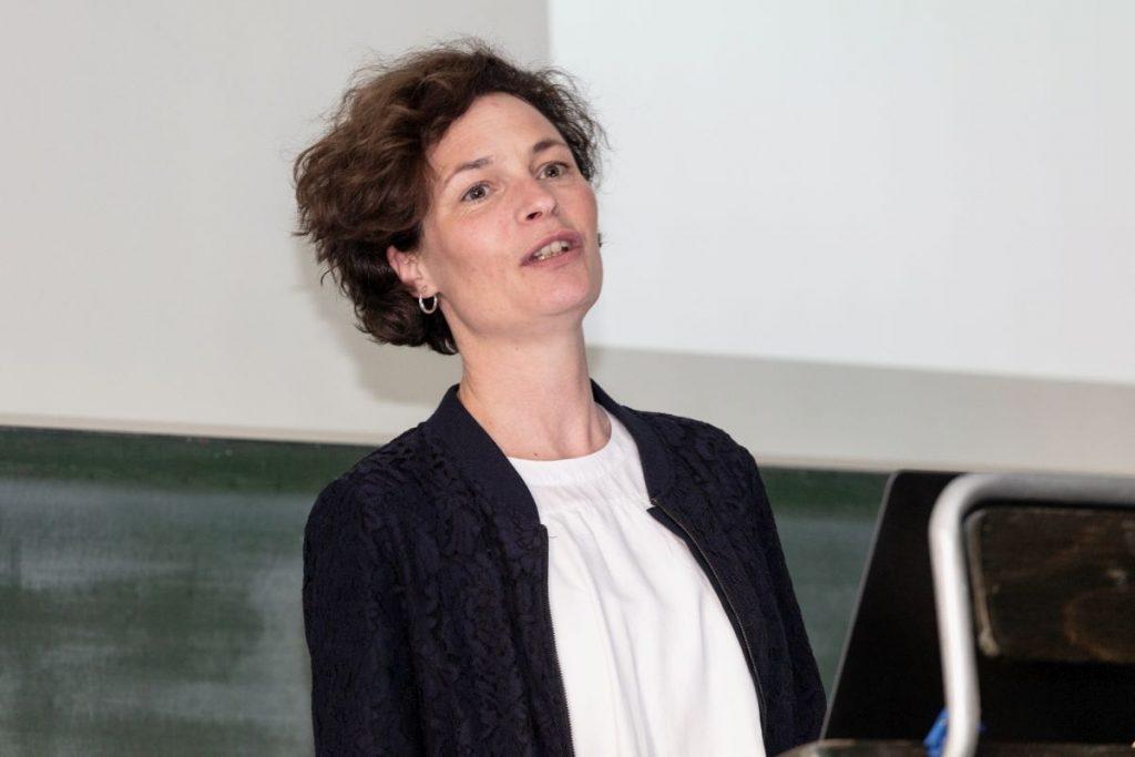 Dr. Anna Krüger