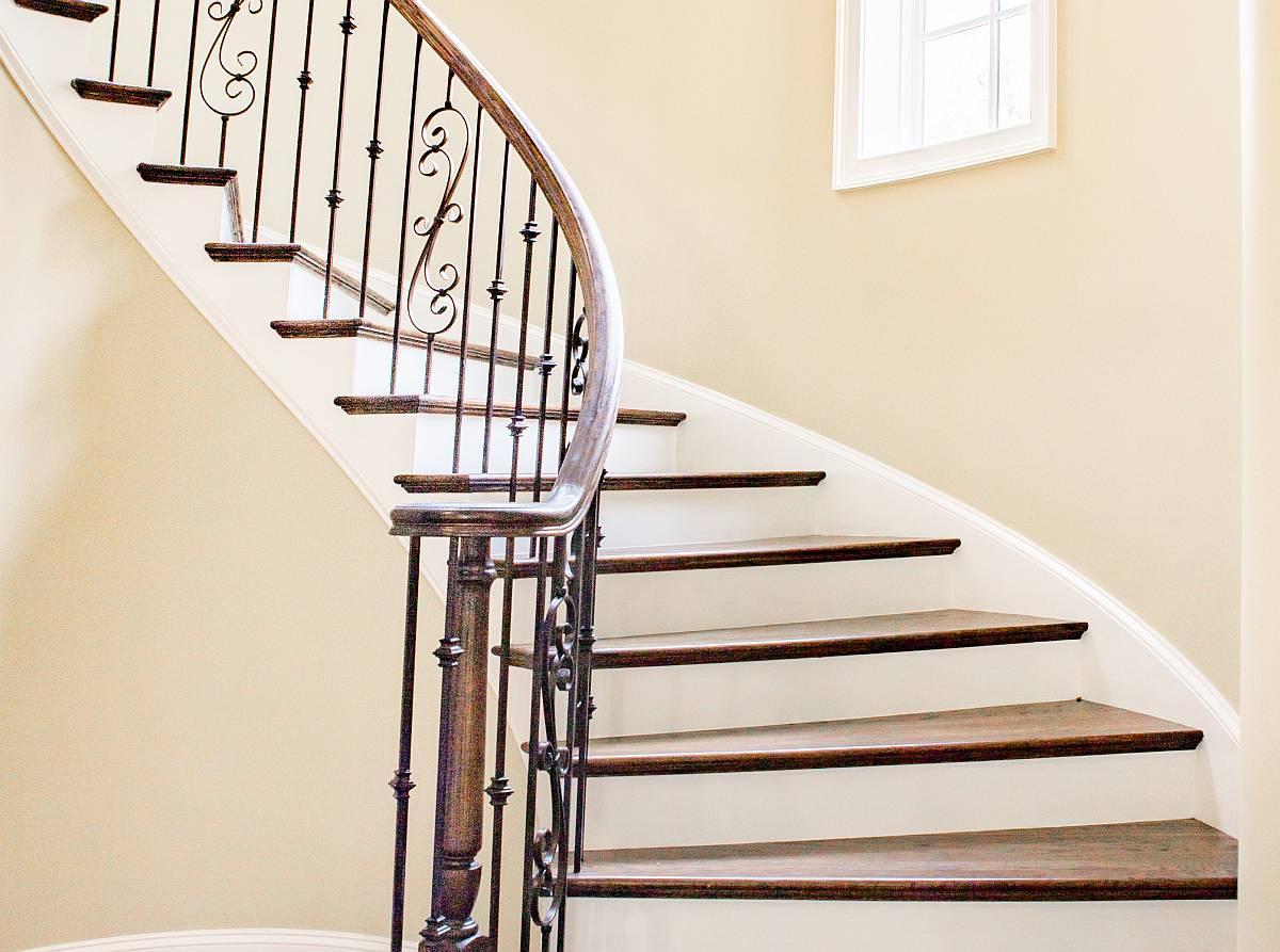 heim und handwerker treppen mit bausatz selber bauen bauherren immobilien magazin. Black Bedroom Furniture Sets. Home Design Ideas