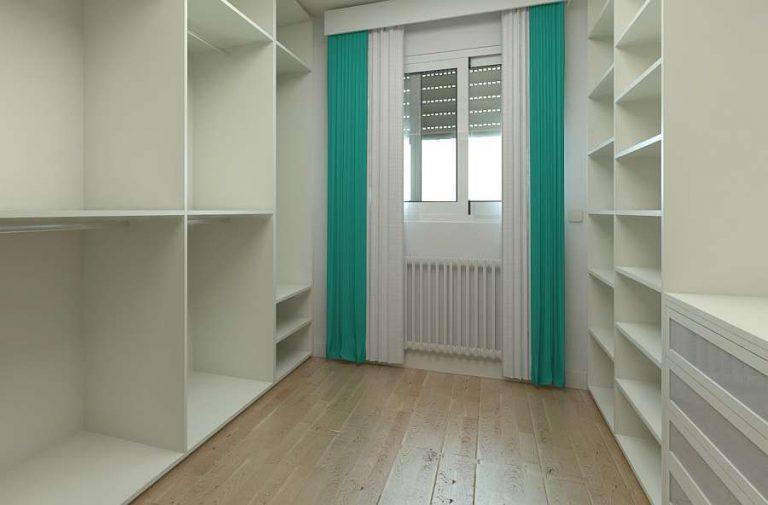 Ordnung im Kleiderschrank - Schrankzimmer